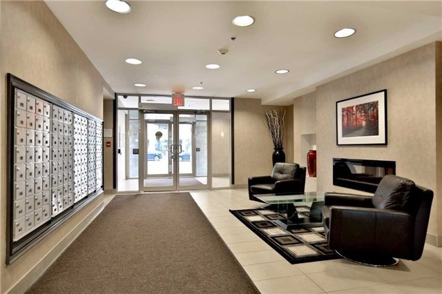 Condo Apartment at 5317 Upper Middle Rd, Unit 216, Burlington, Ontario. Image 10