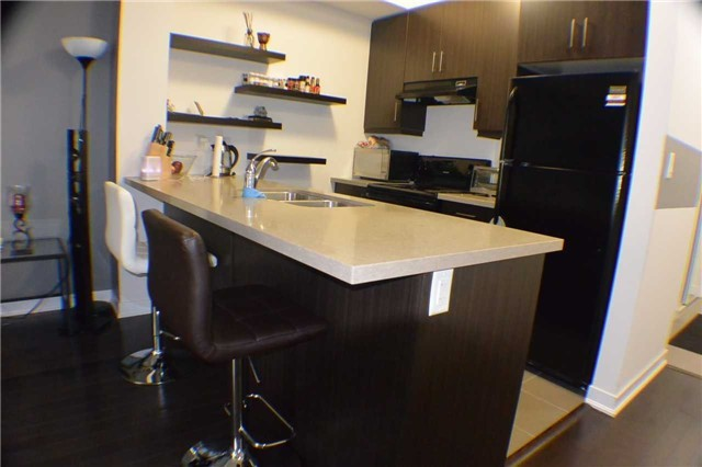 Condo Apartment at 5317 Upper Middle Rd, Unit 216, Burlington, Ontario. Image 15