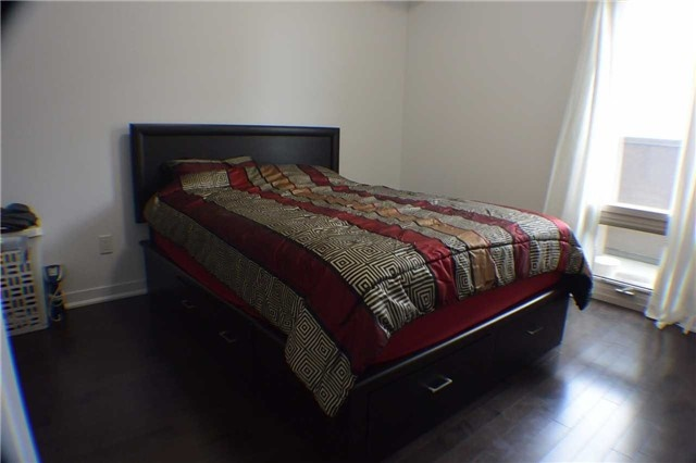 Condo Apartment at 5317 Upper Middle Rd, Unit 216, Burlington, Ontario. Image 5