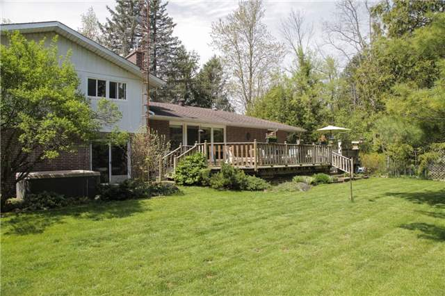 Detached at 8541 Guelph Line, Milton, Ontario. Image 14