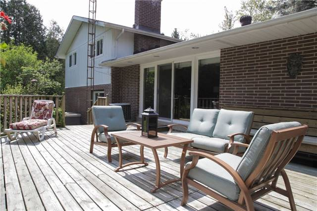 Detached at 8541 Guelph Line, Milton, Ontario. Image 15