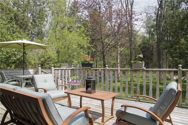 Detached at 8541 Guelph Line, Milton, Ontario. Image 16