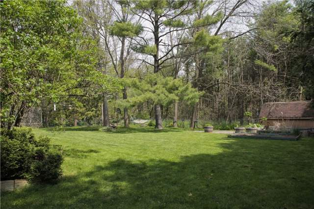 Detached at 8541 Guelph Line, Milton, Ontario. Image 17
