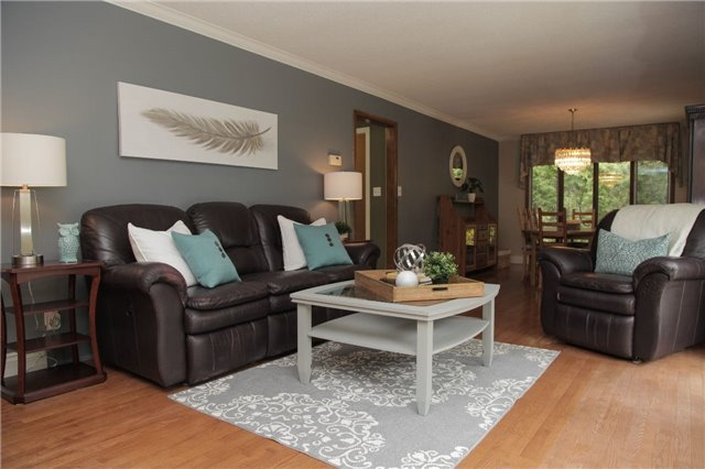 Detached at 8541 Guelph Line, Milton, Ontario. Image 20