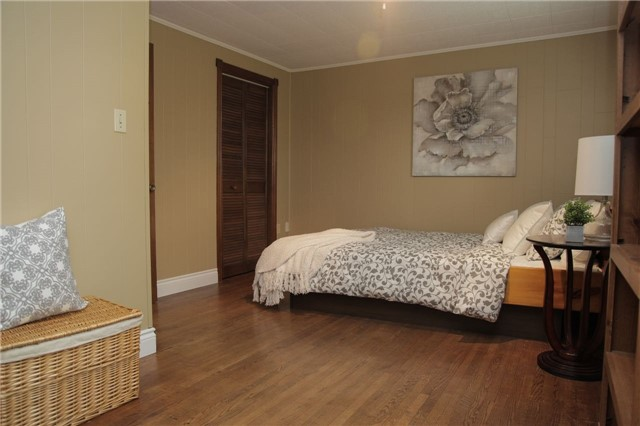 Detached at 8541 Guelph Line, Milton, Ontario. Image 11