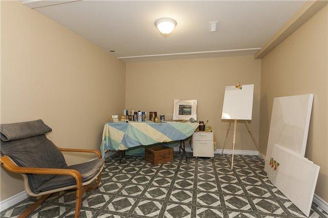 Condo Townhouse at 900 Central Park Dr, Unit 87, Brampton, Ontario. Image 10