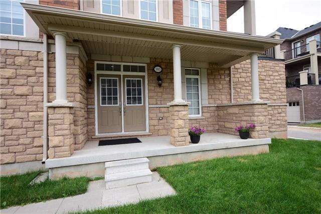 Townhouse at 393 Switchgrass St N, Oakville, Ontario. Image 12