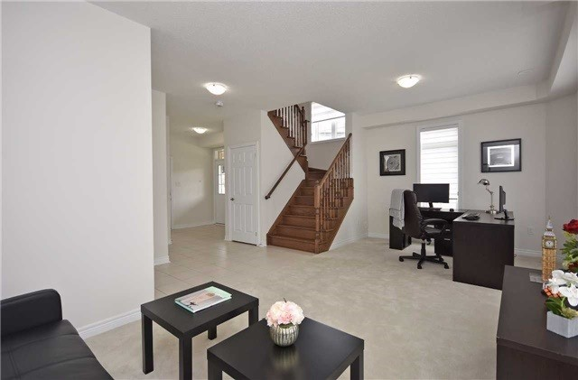 Townhouse at 393 Switchgrass St N, Oakville, Ontario. Image 15