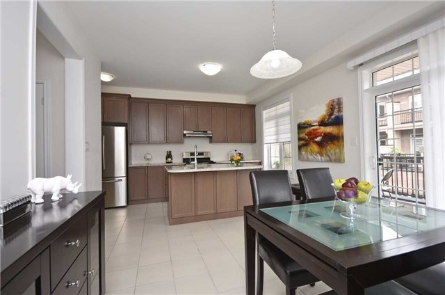 Townhouse at 393 Switchgrass St N, Oakville, Ontario. Image 18