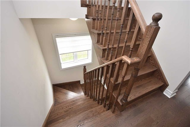 Townhouse at 393 Switchgrass St N, Oakville, Ontario. Image 10
