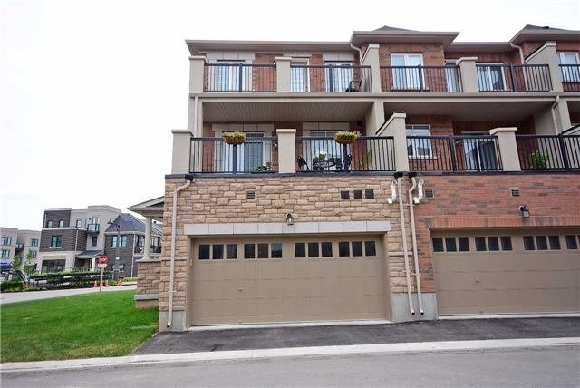 Townhouse at 393 Switchgrass St N, Oakville, Ontario. Image 13