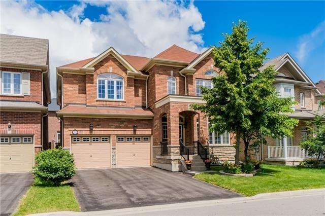 Detached at 3237 Paul Henderson Dr, Mississauga, Ontario. Image 1