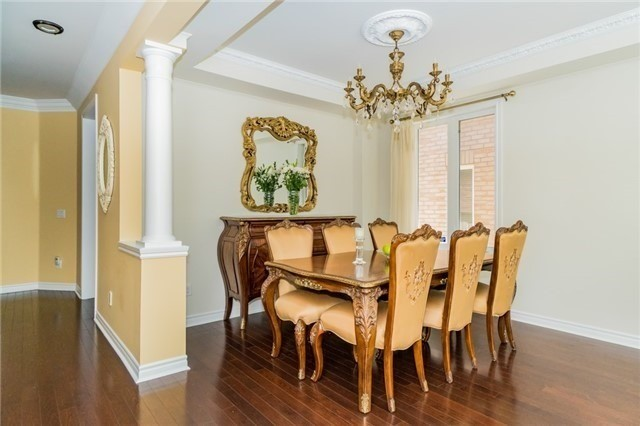 Detached at 3237 Paul Henderson Dr, Mississauga, Ontario. Image 15