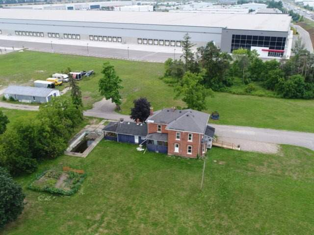 Detached at 11450 Steeles Ave, Halton Hills, Ontario. Image 12