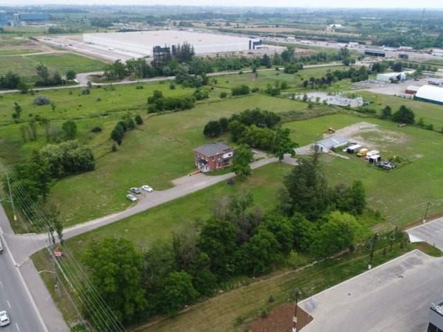 Detached at 11450 Steeles Ave, Halton Hills, Ontario. Image 17