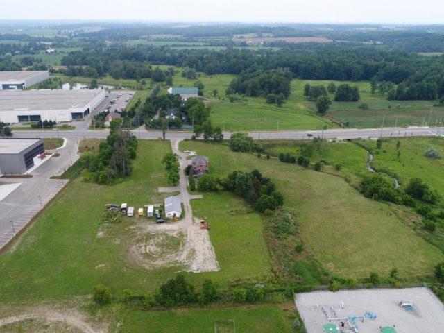 Detached at 11450 Steeles Ave, Halton Hills, Ontario. Image 20