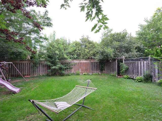 Detached at 2171 Castlefield Cres, Oakville, Ontario. Image 13