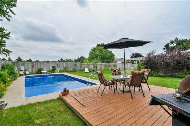 Detached at 47 Glenforest Rd, Brampton, Ontario. Image 10