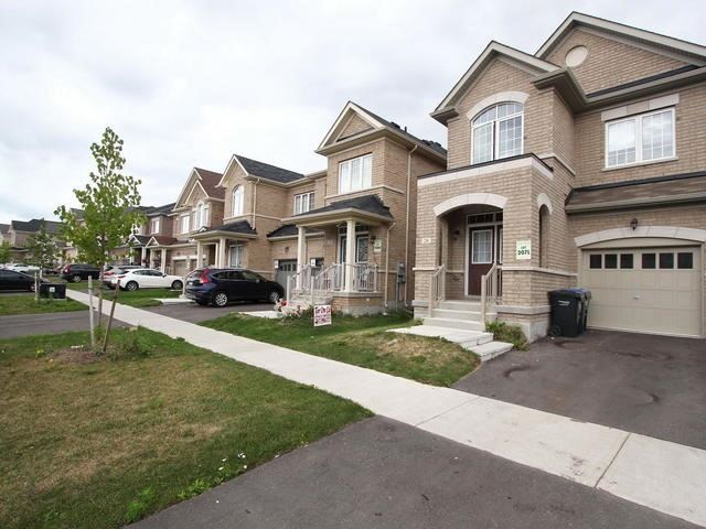 Semi-detached at 26 Walbrook Dr, Brampton, Ontario. Image 12