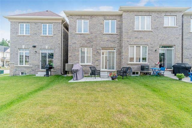 Townhouse at 4 Ridgegate Cres, Halton Hills, Ontario. Image 10