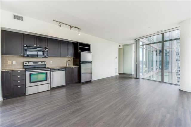 Condo With Common Elements at 103 The Queensway Ave, Unit 1614, Toronto, Ontario. Image 12