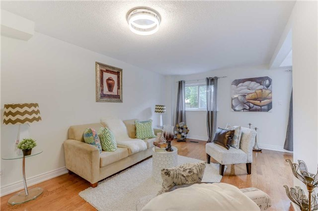 Condo Townhouse at 2700 Battleford Rd, Unit 38, Mississauga, Ontario. Image 19