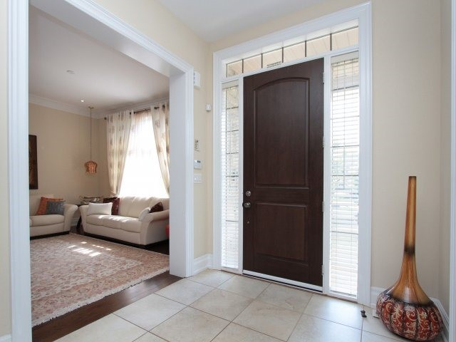 Detached at 1849 Ivygate Crt, Mississauga, Ontario. Image 12
