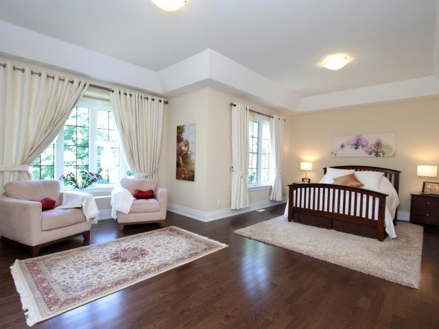Detached at 1849 Ivygate Crt, Mississauga, Ontario. Image 3