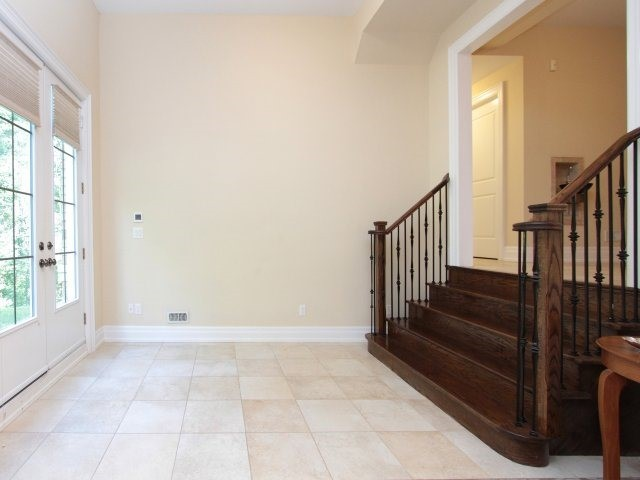 Detached at 1849 Ivygate Crt, Mississauga, Ontario. Image 10