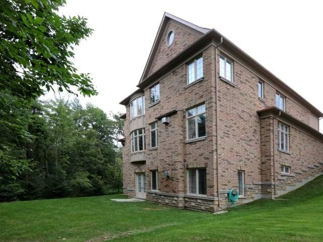 Detached at 1849 Ivygate Crt, Mississauga, Ontario. Image 11