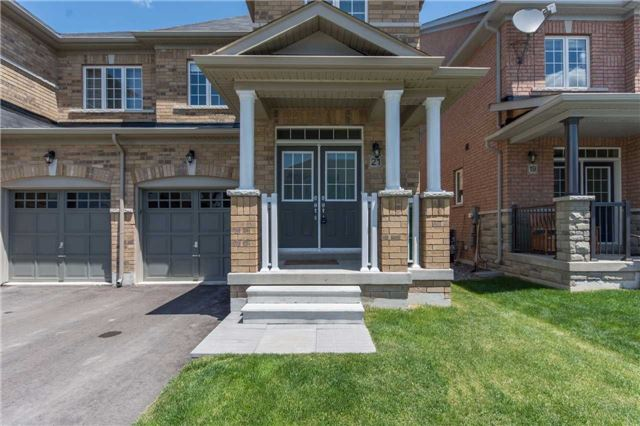 Semi-detached at 21 Falling Leaf Dr, Caledon, Ontario. Image 10