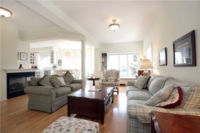 Detached at 7419 Glamorgan Way, Mississauga, Ontario. Image 16