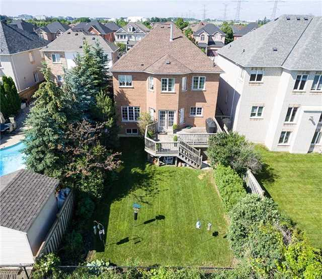 Detached at 7419 Glamorgan Way, Mississauga, Ontario. Image 11