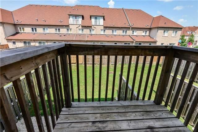 Townhouse at 751 Candlestick Circ, Mississauga, Ontario. Image 3