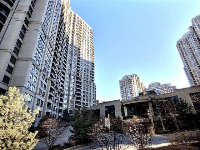 Condo Apartment at 3880 Duke Of York Blvd, Unit 2518, Mississauga, Ontario. Image 1