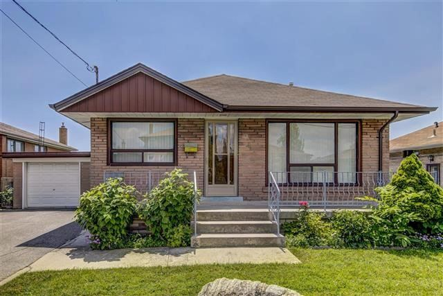 Detached at 41 Mcadam Ave, Toronto, Ontario. Image 1