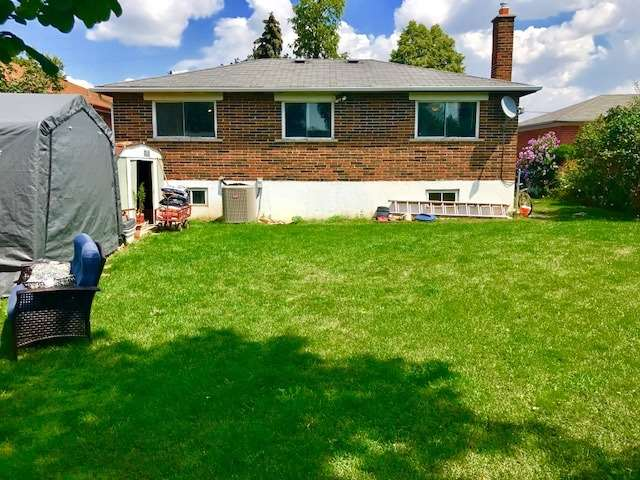 Detached at 7246 Wainbrook Rd, Mississauga, Ontario. Image 3