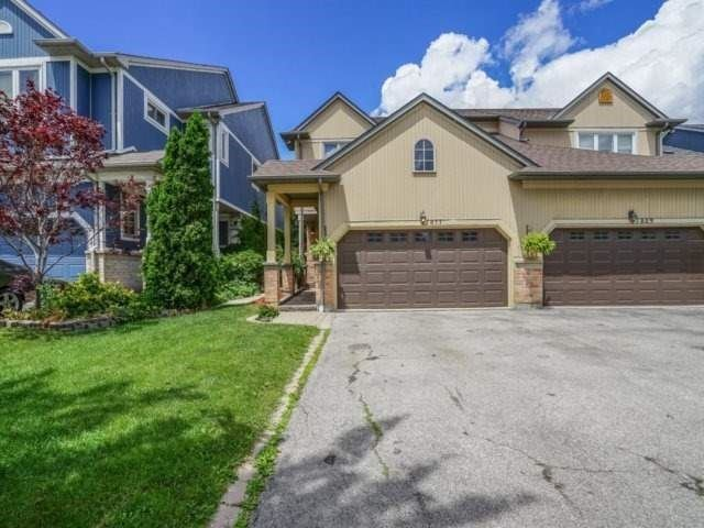 Semi-detached at 1811 Stevington Cres, Mississauga, Ontario. Image 12