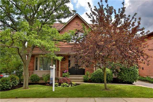 Detached at 260 O'donoghue Ave, Oakville, Ontario. Image 1