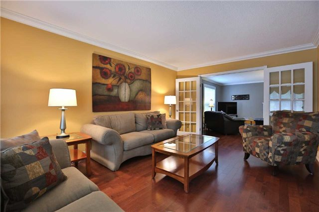 Detached at 260 O'donoghue Ave, Oakville, Ontario. Image 14