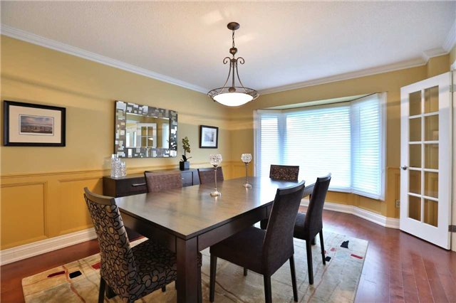 Detached at 260 O'donoghue Ave, Oakville, Ontario. Image 16