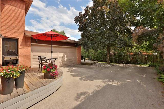 Detached at 260 O'donoghue Ave, Oakville, Ontario. Image 11