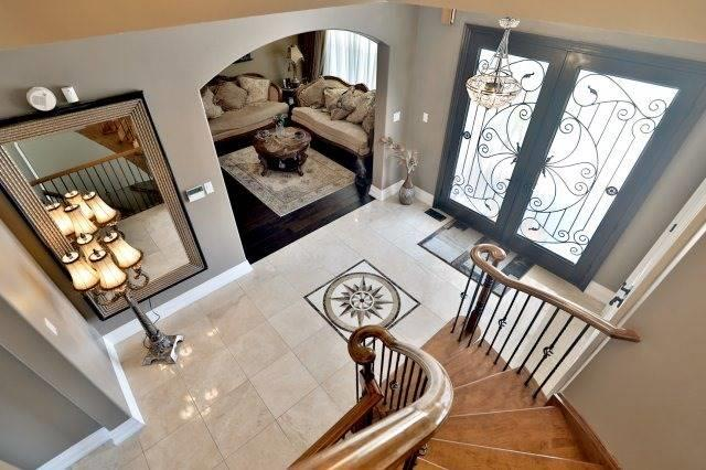 Detached at 2056 Ashmore Dr, Oakville, Ontario. Image 12