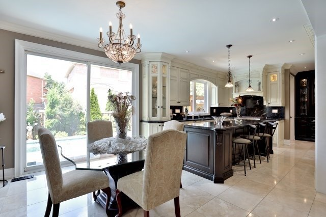 Detached at 2056 Ashmore Dr, Oakville, Ontario. Image 17