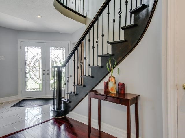 Detached at 278 Ceremonial Dr, Mississauga, Ontario. Image 14
