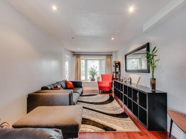 Detached at 278 Ceremonial Dr, Mississauga, Ontario. Image 15