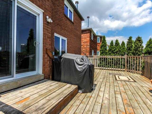 Detached at 278 Ceremonial Dr, Mississauga, Ontario. Image 13