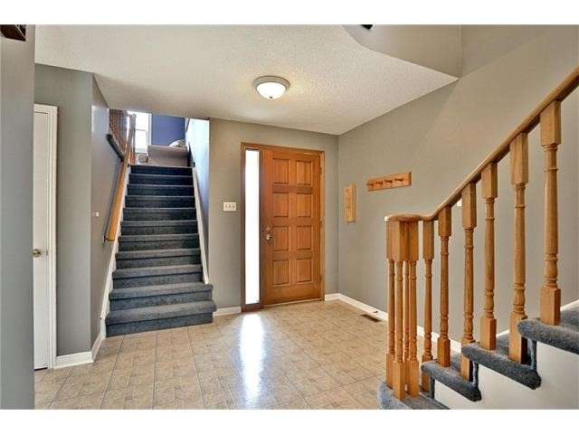 Detached at 3531 Chartrand Cres, Mississauga, Ontario. Image 14