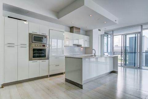 Condo Apartment at 90 Park Lawn Rd, Unit 208, Toronto, Ontario. Image 9