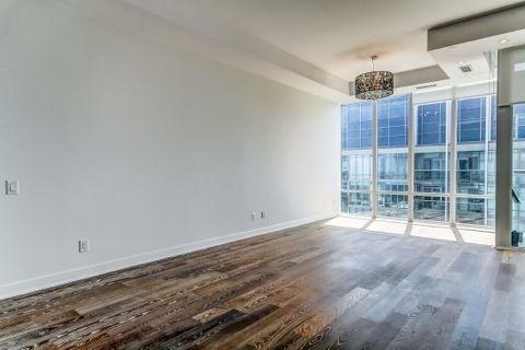Condo Apartment at 90 Park Lawn Rd, Unit 3102, Toronto, Ontario. Image 14